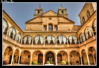 Hospital de Santiago 01
