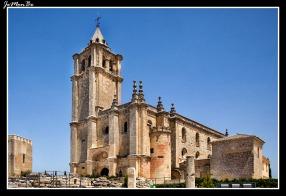 Iglesia fortaleza de la Mota
