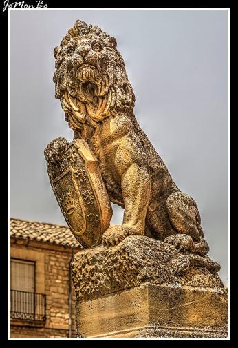 Palacio de las Cadenas 05