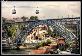 Teleférico de Gaia, comunica la parte baja de la ribera del Duero de la zona de Gaia, con la parte arriba del puente Luís I.