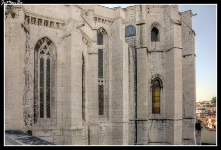 El convento de la Orden del Carmen es un convento ubicado en Lisboa, se encuentra en una posición privilegiada, al lado del Rossio y con inmejorables vistas al Castillo de San Jorge. La iglesia del convento, que era la mayor iglesia gótica de la ciudad, quedó en ruinas debido al terremoto de 1755 y es uno de los principales recuerdos del desastre que asoló la capital portuguesa.