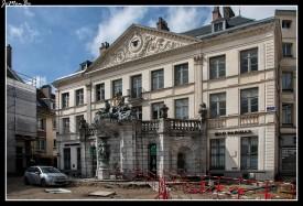 El museo del hôtel Sandelin, ubicado en una magnífica mansión del siglo XVIII, contiene una gran variedad de colecciones. Cerca de 3.000 obras y objetos de arte desde la Edad Media hasta el siglo XIX se presentan en sus 21 habitaciones con ambientes únicos.