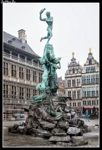 07 Estatua de Bravo
