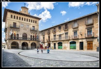74 San Pedro de Olite