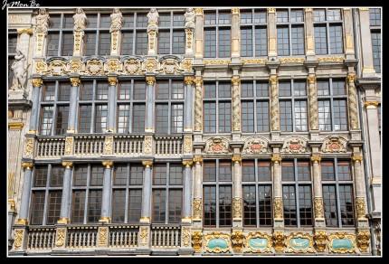 022 Grand Place La carretilla y el saco