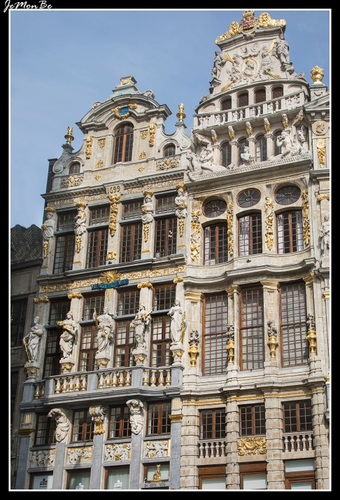 030 Grand Place barqueros y merceros
