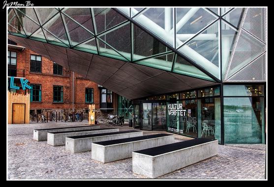 08 El Culture Yard