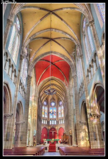 10 La iglesia de San Andrés de Bayona