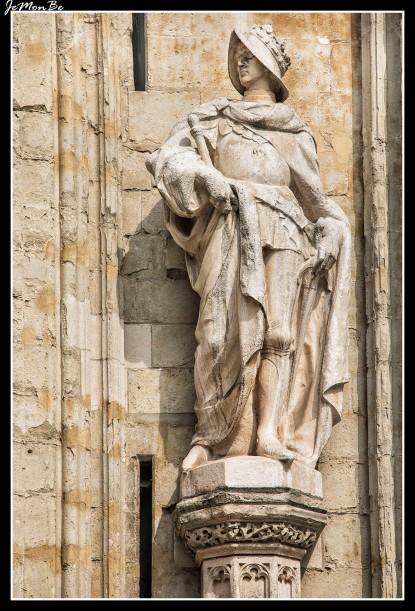 100 Nuestra Señora de Sablon