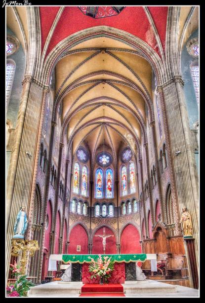 11 La iglesia de San Andrés de Bayona