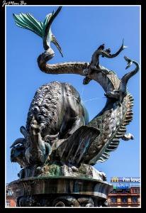 193 Radhuspladsen La fuente del dragon