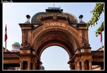 229 Tivoli