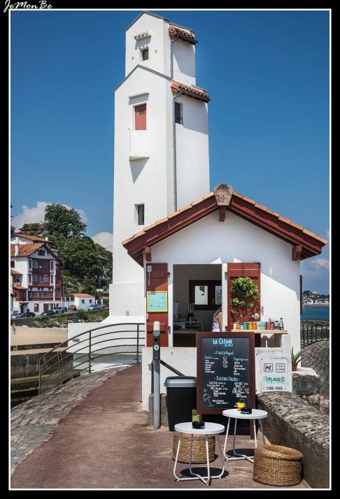 32 San Juan de Luz