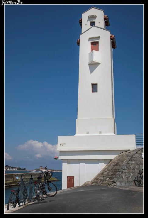 33 San Juan de Luz