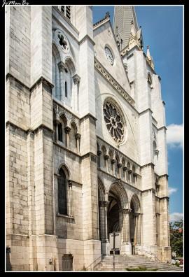 90 Iglesia de Santiago
