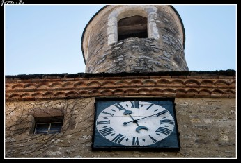 05 Puerta del reloj