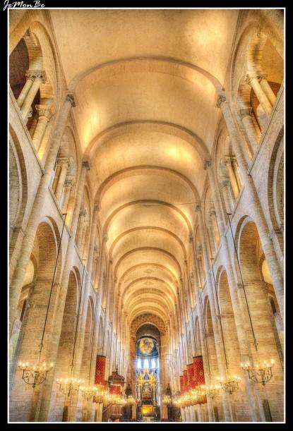 17 Basilica de St Sernin