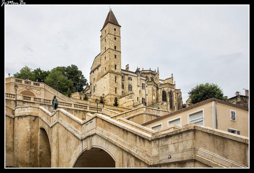 23 Torre de Armagnac