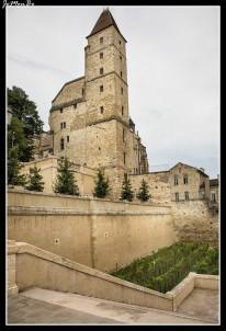 32 Torre de Armagnac