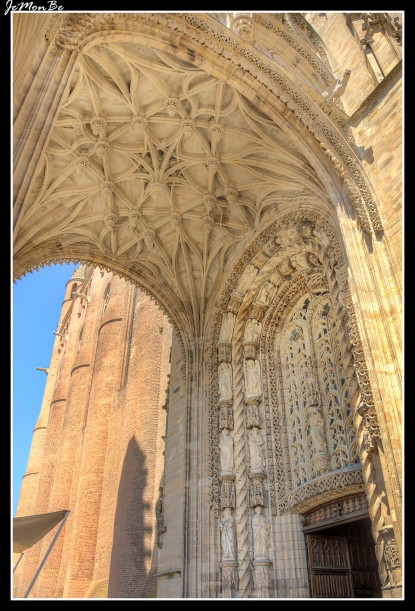 64 La Catedral de Santa Cecilia