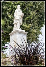 73 Estatua del intendente d´Etigny