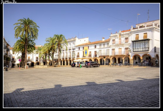 01 Plaza Grande