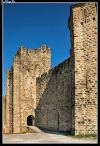 110 Puerta de la ciudad medieval