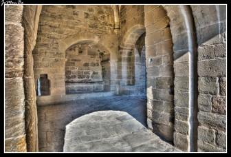113 Puerta de la ciudad medieval