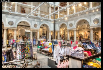 14 Centro comercial