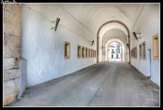 19 Puerta del Calvario