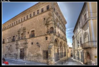 20 Palacio Carvajal-Vargas (Duques de San Carlos)