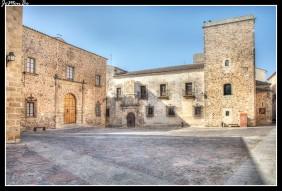 73 Plaza de Santa María, palacio de Garlanza
