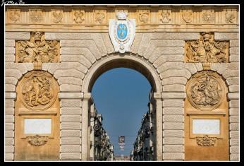 47 Arco del Triunfo