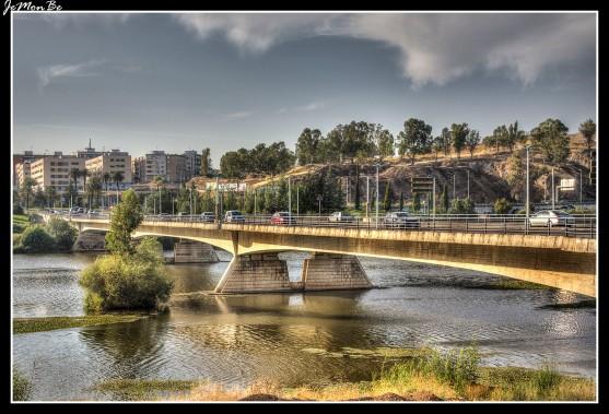 60 Puente de la Autonomia