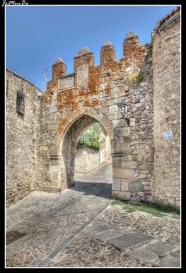 77 Puerta de San Andres