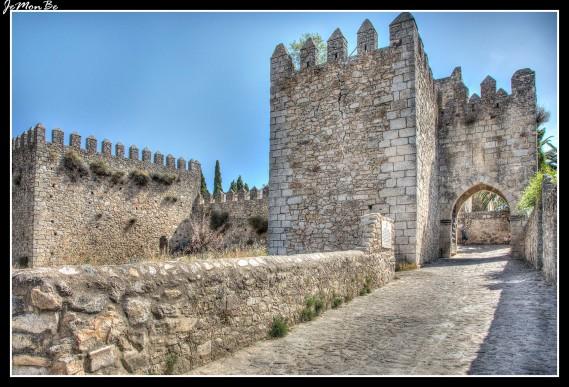 78 Puerta de la Coria