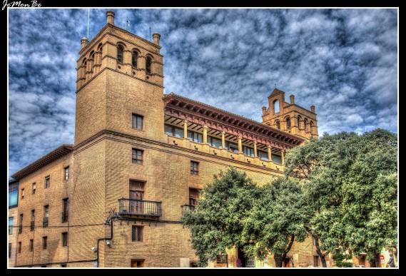 50 ayuntamiento